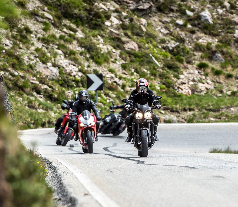 Sarntal, ein Paradies für Motorrad-Freunde, Südtirol