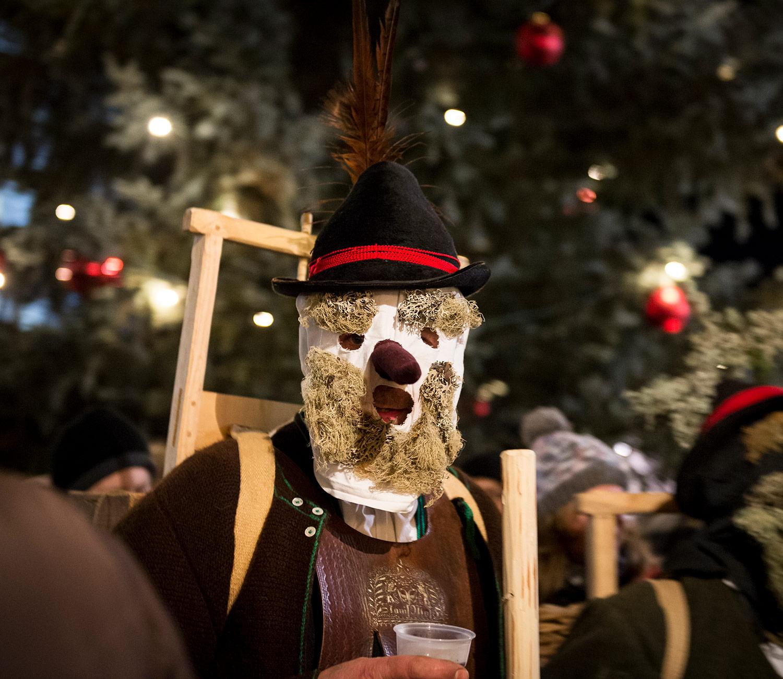 Klöckeln im Sarntal in der Adventszeit