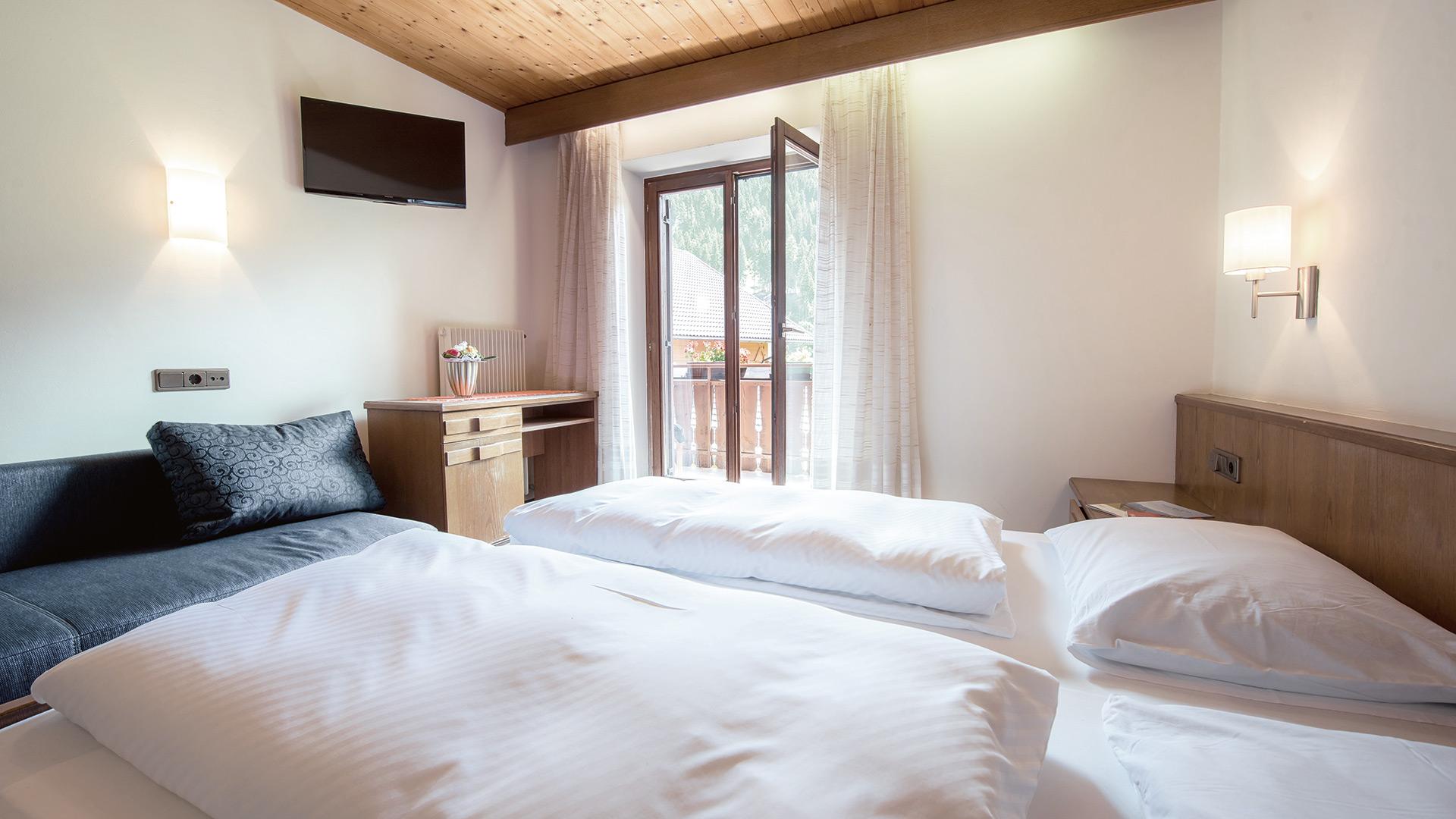 Zimmer buchen im Hotel Gasthof Rabenstein Sarntal